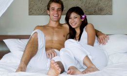couple-au-lit